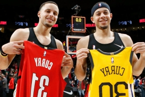 Seth, Steph will be 1st brothers to square off in NBA conference finals