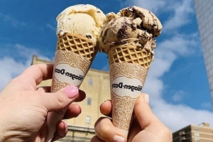 Häagen-Dazs Stores Everywhere Are Giving Away Free Cones RIGHT NOW