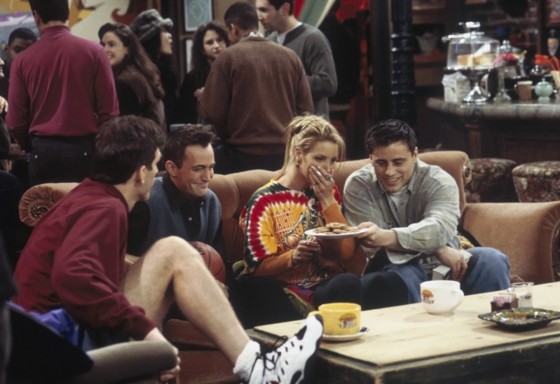 Entertainment: Lisa Kudrow Reveals Why She Doesn't Watch