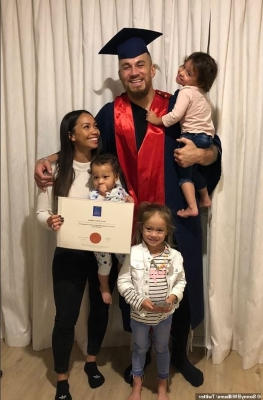 'Don't ever let anyone pigeonhole you': Beaming Sonny Bill Williams posts a joyous graduation photo with his family after finishing his studies