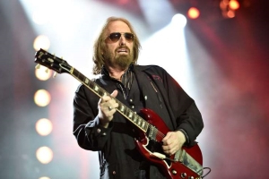 Tom Petty's Daughters Suing His Widow for $5 Million for 'Theft and Gross Mismanagement' of the Family Business