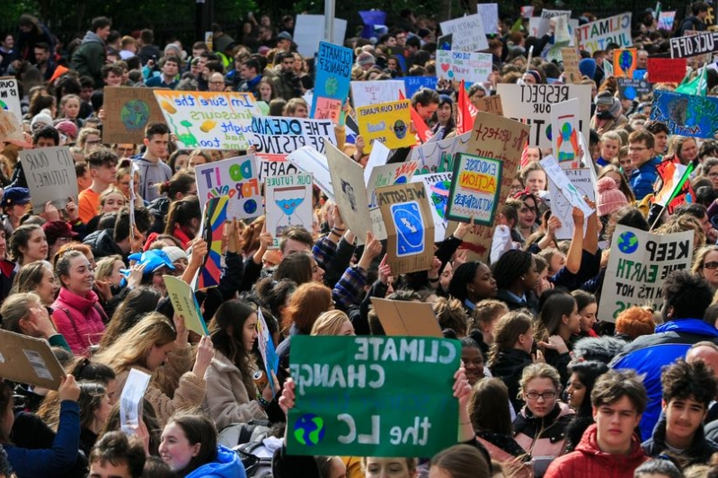 Young people say climate change is the biggest problem facing Ireland