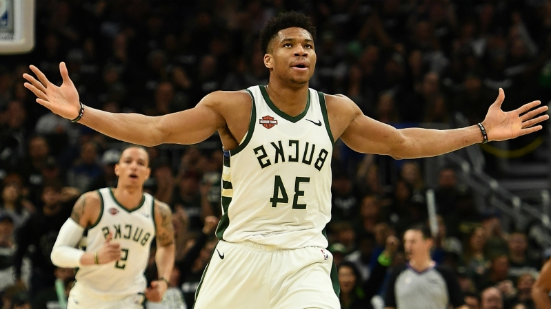 Antetokounmpo is a 'Magic Johnson-ish kind of' player, says Robinson