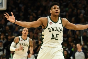 Giannis Antetokounmpo is a 'Magic Johnson-ish kind of' player, says David Robinson
