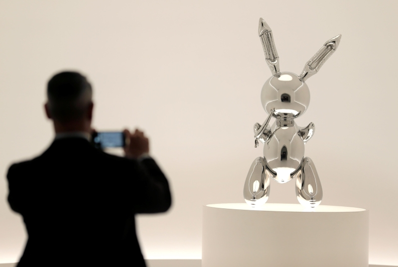 Jeff Koons 'Rabbit' Sets Auction Record for Most Expensive Work by Living Artist