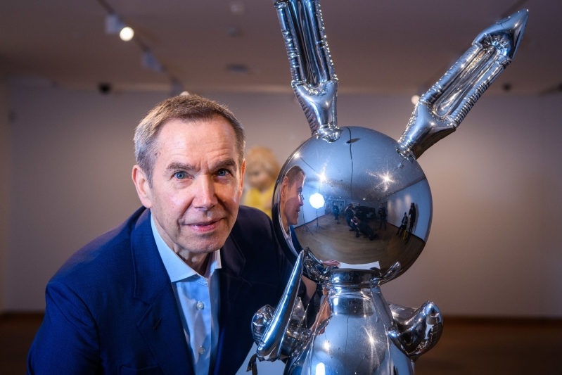 Was Jeff Koons's balloon bunny worth a record $91 million?