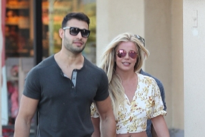 Britney Spears and Boyfriend Sam Asghari Enjoy Shopping Trip As She Focuses on Her Wellbeing