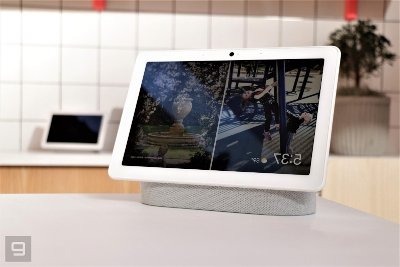 Google rolls out a refreshed, more personal Smart Display interface