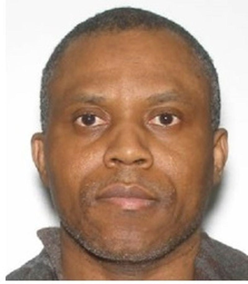 Toronto police looking for fugitive ordered extradited to the U.S.