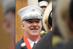White FDNY lieutenant sues department, Vulcan Society claiming racial discrimination in color guard