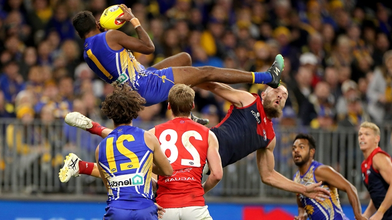Why this is the most athletic play in AFL history