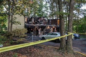 3 killed in apartment fire in Surry County