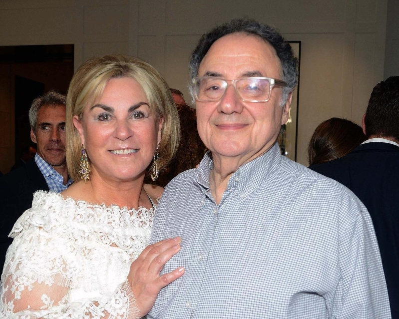 Barry and Honey Sherman's neighbours cite mysterious 911 call, visitor on day before billionaires found dead