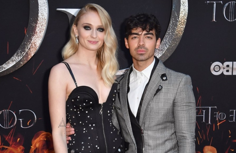 entertainment: sophie turner describes brief split from joe