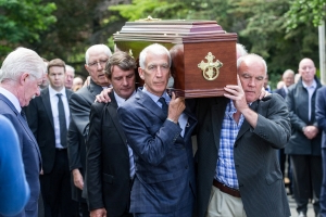 'A legend through and through' - Dubs stars among those mourning at funeral of 'Blue Panther' Anton O'Toole