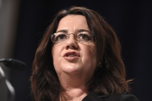 Queensland Government complains to Press Council over Palaszczuk 'crosshairs' image