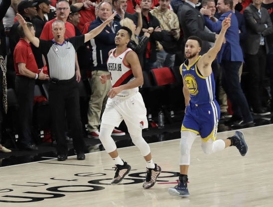 Stephen Curry reveals emotional message he had for brother Seth after Game 4