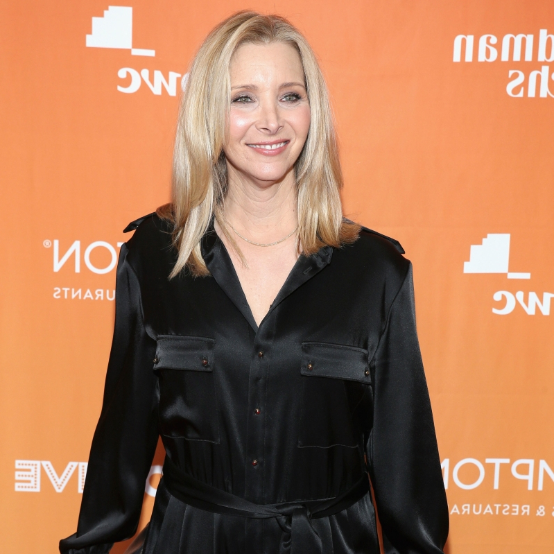 Lisa Kudrow Opens Up About Her Body Insecurity on the Friends Set