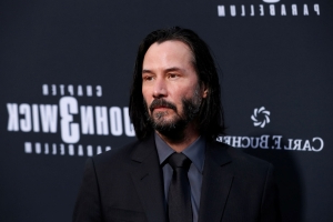 Watch Keanu Reeves Squirm As He's Complimented