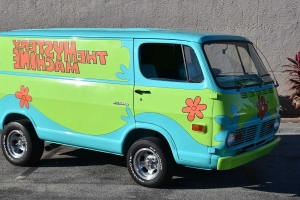 1969 Z Movie Car Scooby Doo Mystery Machine Pays Tribute To A TV Legend