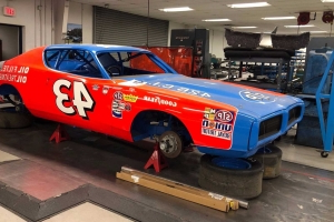 Check Out The 1972 Dodge Charger Being Restored By Petty's Garage