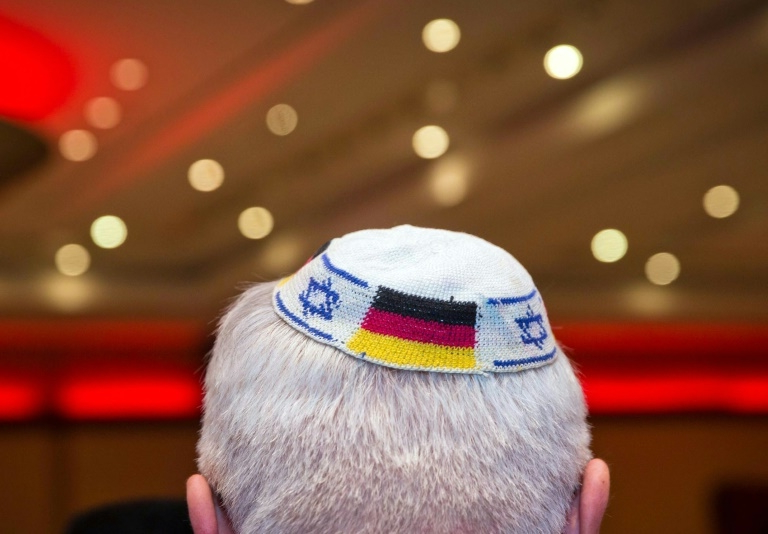 Israel president says Jews unsafe in Germany after kippah warning