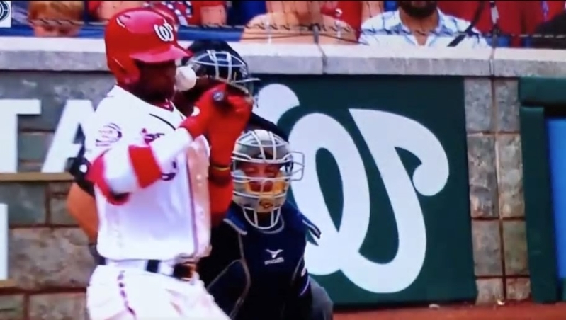 Nationals' Robles gets hit in face while trying to bunt vs. Marlins