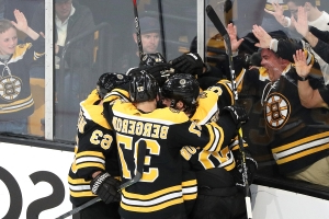 Kuraly, Bruins rally, beat Blues 4-2 in Stanley Cup opener