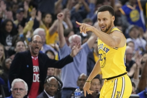 Steph Curry is the Finals MVP favorite, but not concerned about the award