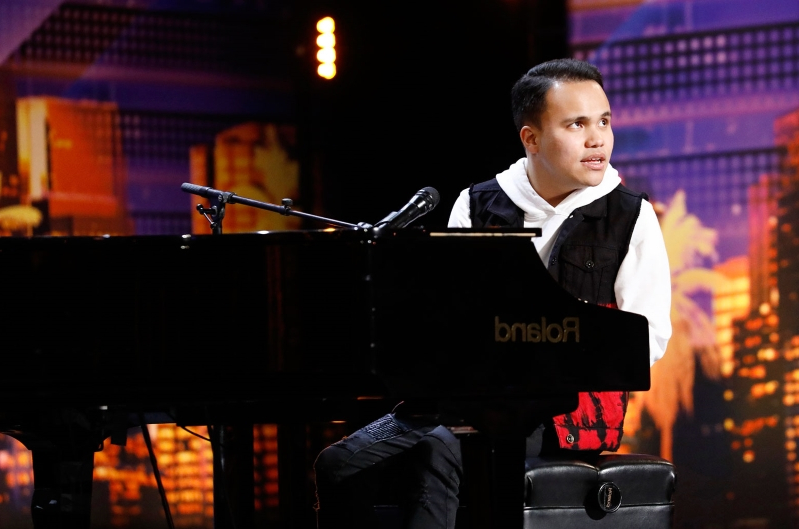 Blind and Autistic 'AGT' Contestant Kodi Lee Wins Golden Buzzer With Emotional Performance: Watch
