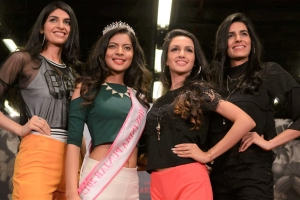 'Fair and lovely': Miss India judges criticised over 'cloned' finalists