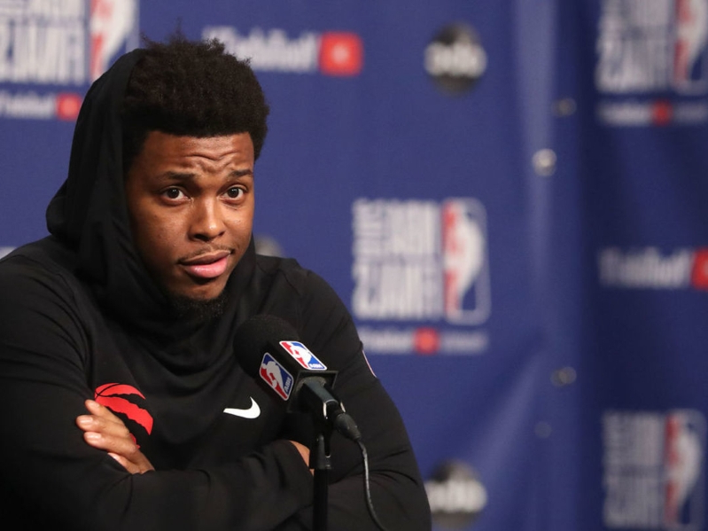 100c1b25a49 Sports: Raps' Lowry 'can't feel' thumb during game - PressFrom - Canada
