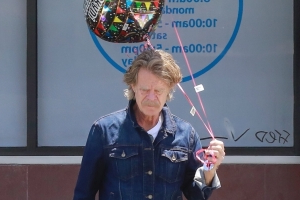 William H. Macy buys graduation balloons after wife Felicity Huffman pleads guilty in college admissions cheating case