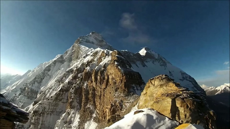 Five bodies found in hunt for missing mountain climbers