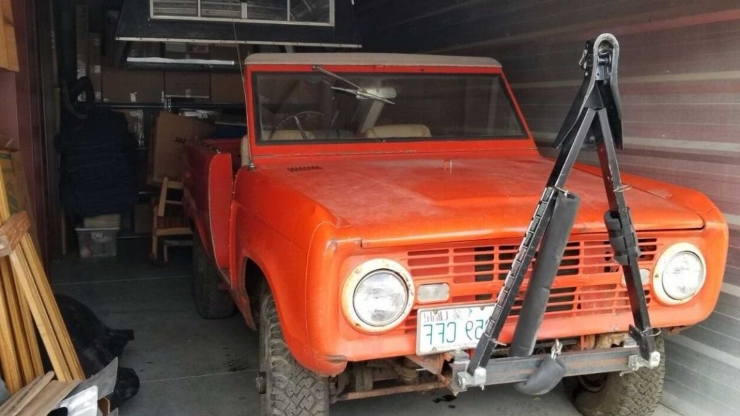 Classics: Genuine Barn Find Ford Bronco Roadster With 289ci