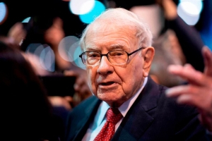 Crypto entrepreneur pays $4.57 million for lunch with Warren Buffett