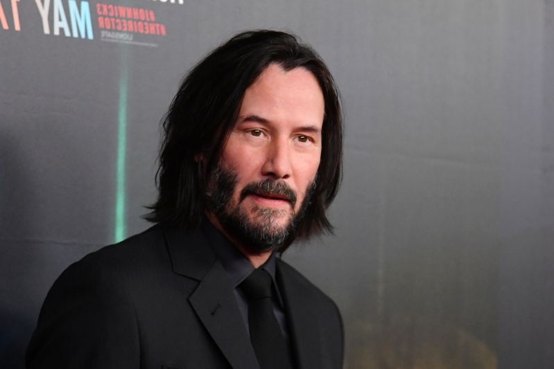 Keanu Reeves Walking In Slow-Motion To Music Is The Hilarious Meme He Deserves