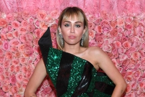 Miley Cyrus Just Responded to That Barcelona Groping Incident in a Really Powerful Way