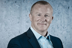 Neil Woodford seeks to reassure investors after fund suspension