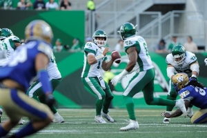 Collaros, Nichols see pre-season action, Bombers beat Riders 35-29