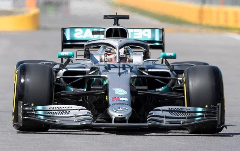 Lewis Hamilton posts fastest time in opening Canadian GP practice session