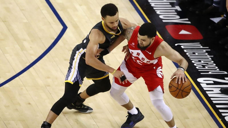 Raptors' Fred VanVleet gets seven stitches after face bloodied by Shaun Livingston elbow