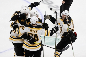 Bruins force Game 7 with 5-1 victory over Blues