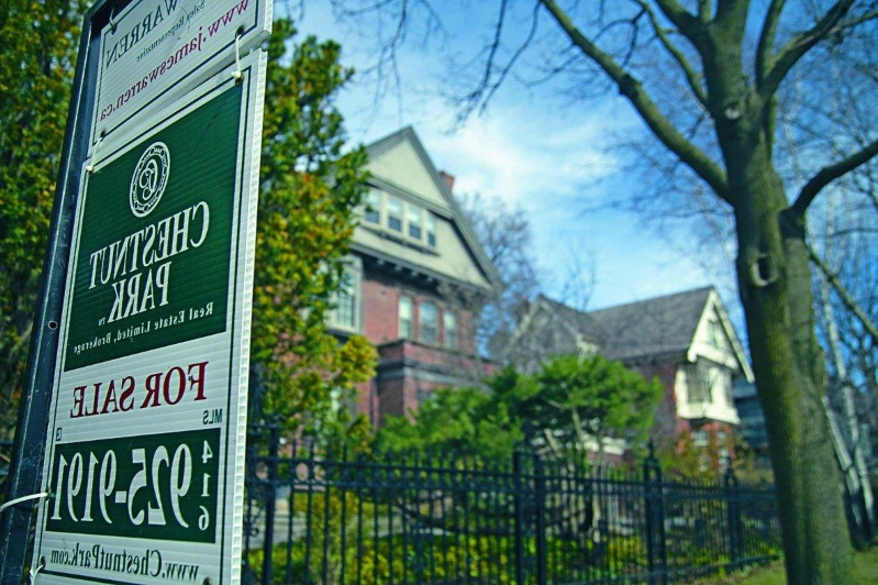Is the mortgage stress test making Toronto's housing crisis worse?