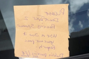 Angry passerby leaves furious note after BMW spotted occupying two parking places in South Dublin