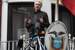 US submits formal Assange extradition request