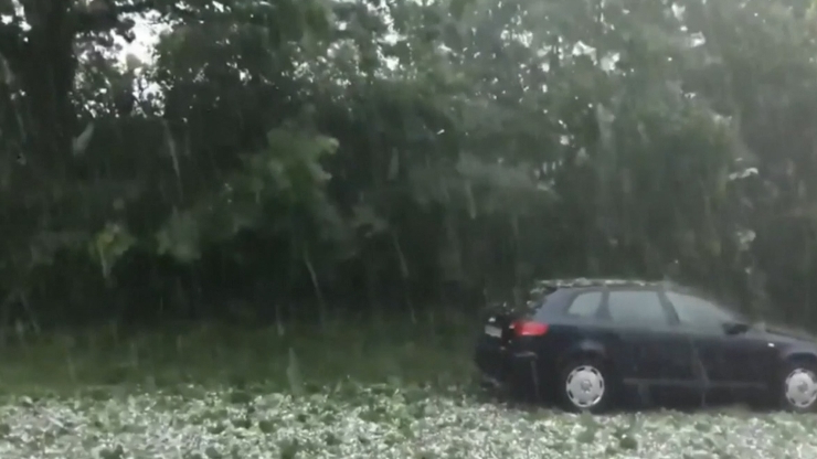 Golf ball sized hail smashes German city