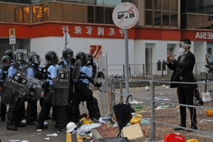 Beijing calls Hong Kong protests 'riots', supports govt's response
