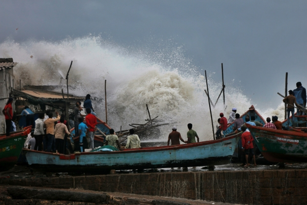 World: India's west coast hunkers down as Cyclone Vayu