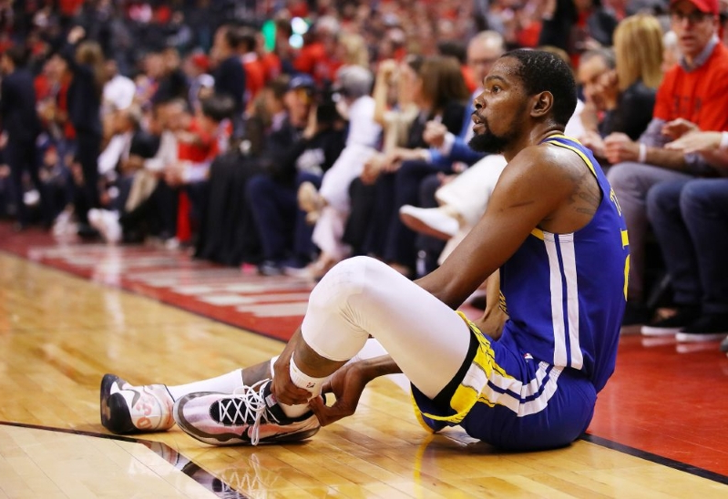 Kevin Durant Cheers Golden State Warriors on After Successful Surgery for Ruptured Achilles
